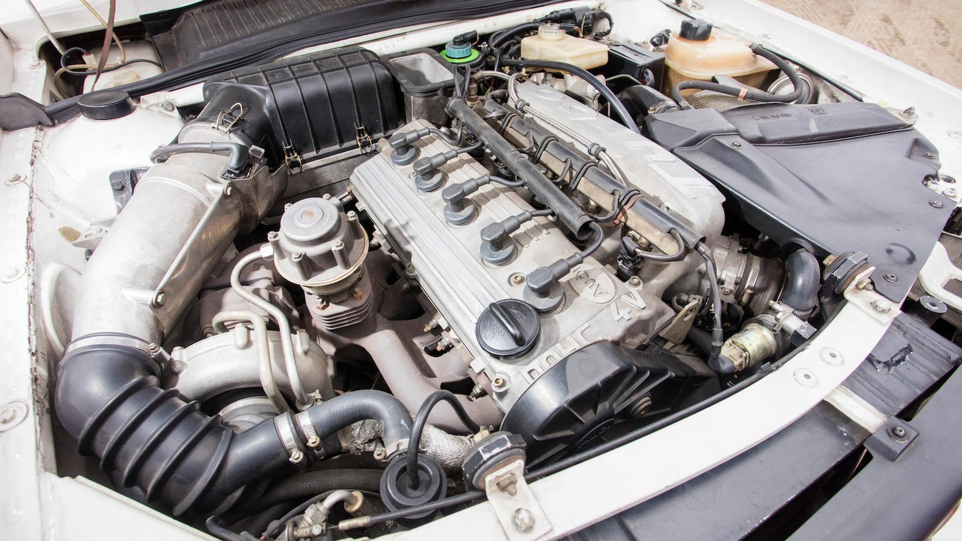 1985_Audi_Sport_Quattro_S1_17