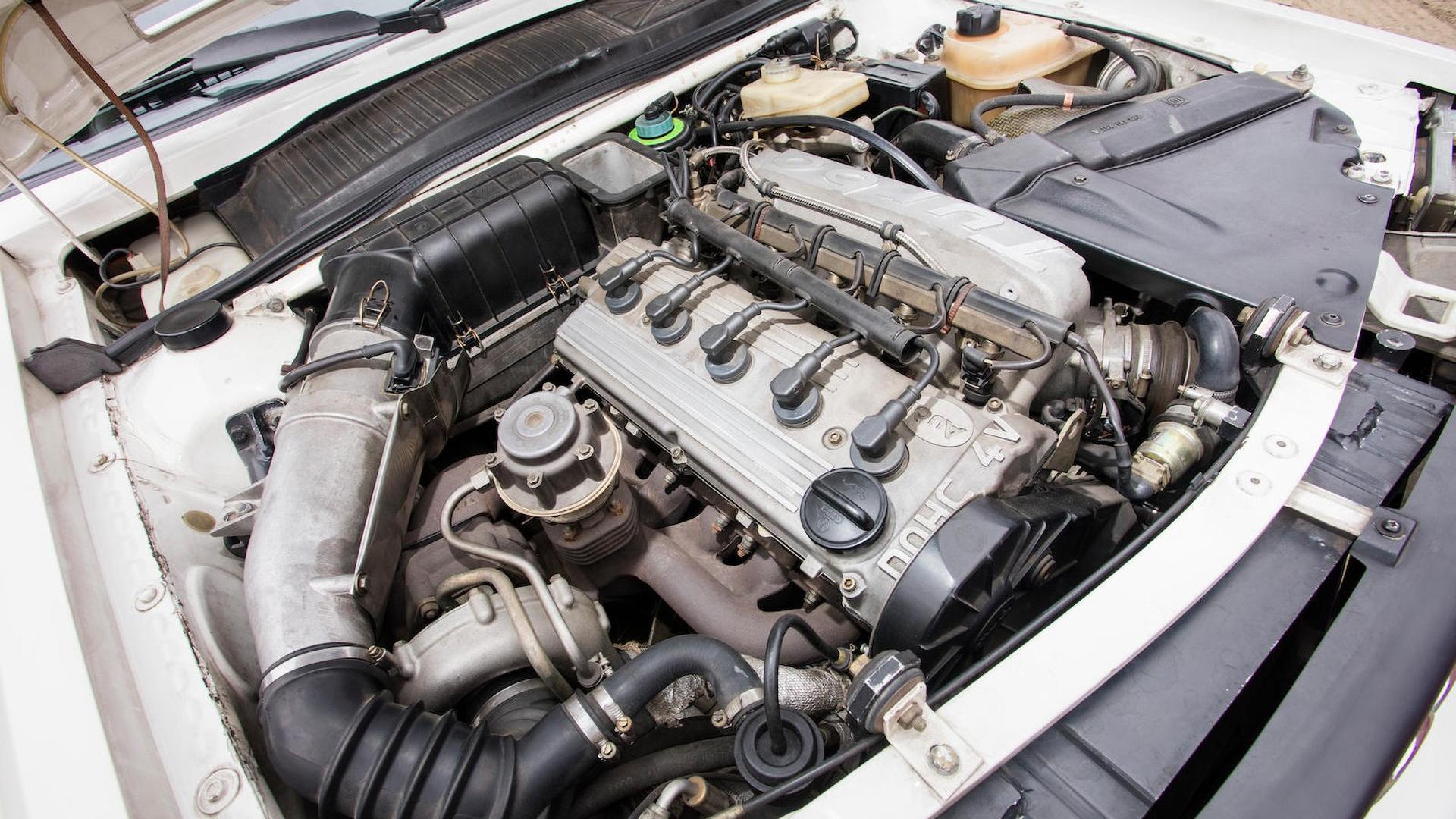 1985_Audi_Sport_Quattro_S1_18