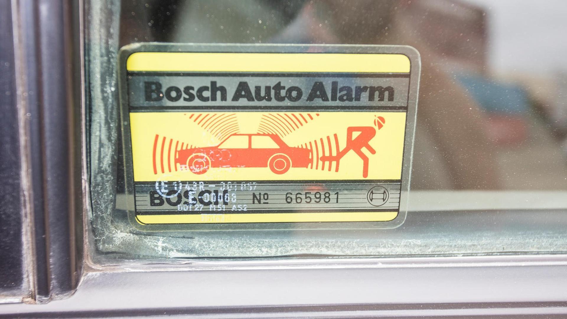 1985_Audi_Sport_Quattro_S1_24