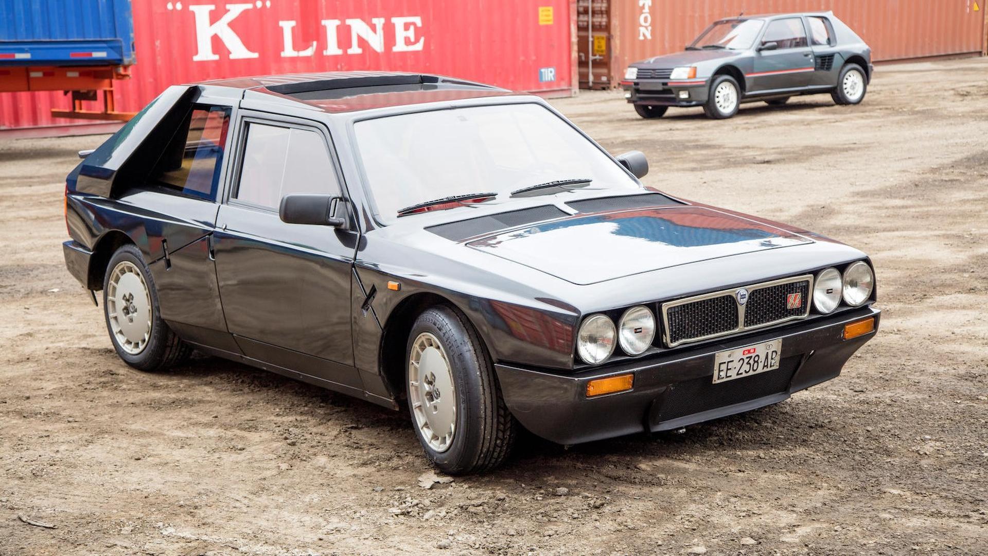1985_Lancia_Delta_S4_Stradale_03