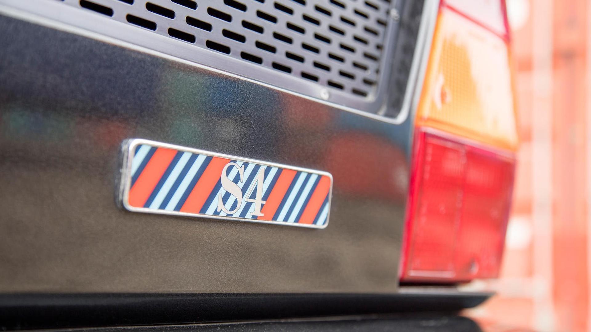 1985_Lancia_Delta_S4_Stradale_21