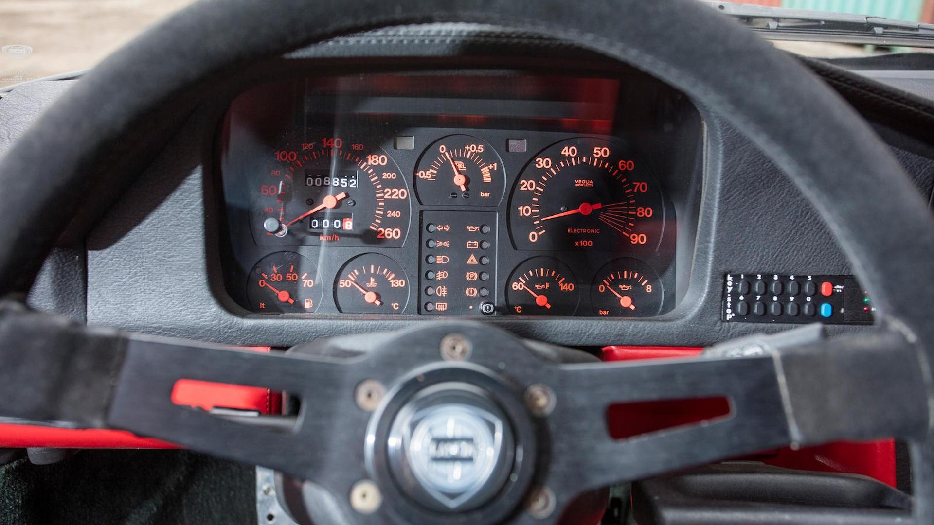 1985_Lancia_Delta_S4_Stradale_43