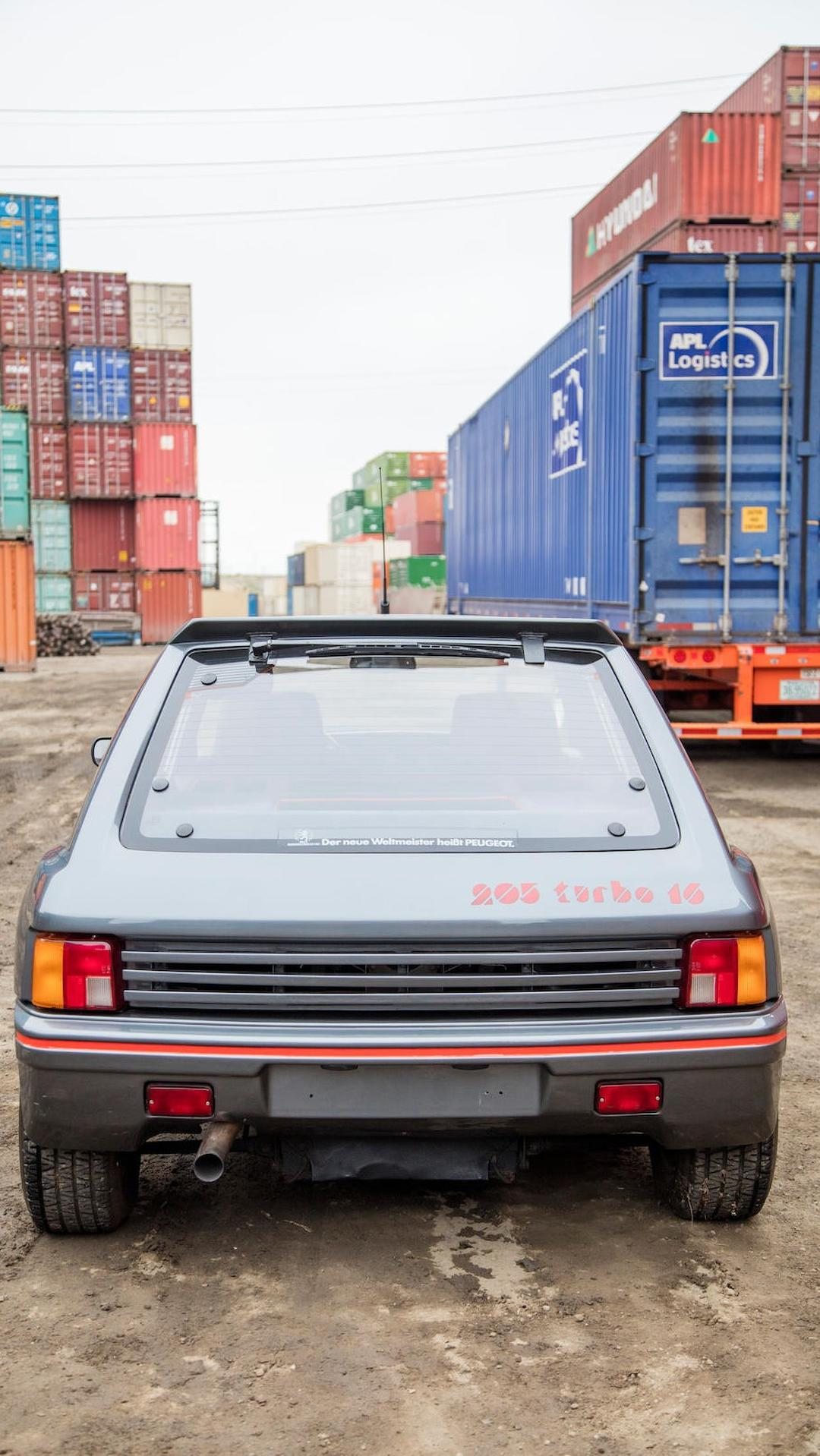 1985_Peugeot_205_Turbo_16_16