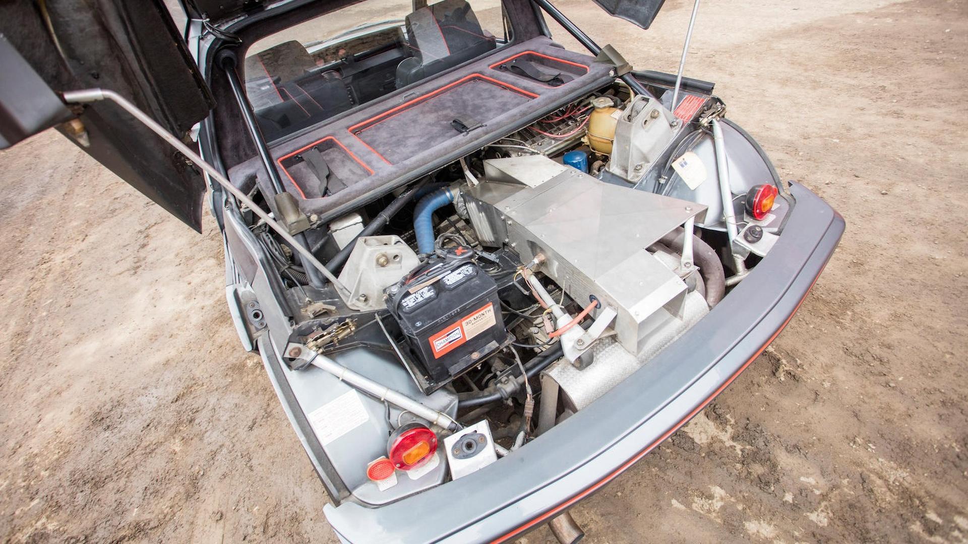 1985_Peugeot_205_Turbo_16_25