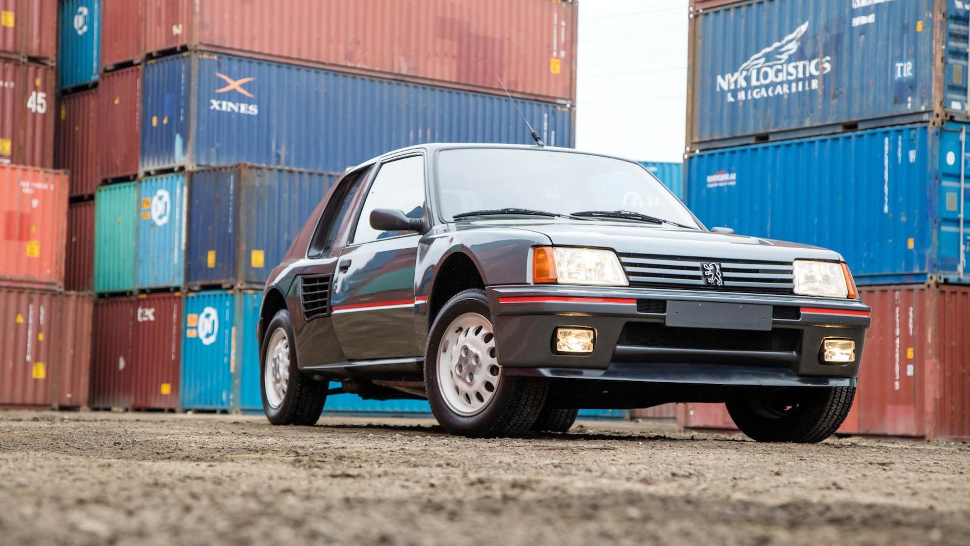 1985_Peugeot_205_Turbo_16_48
