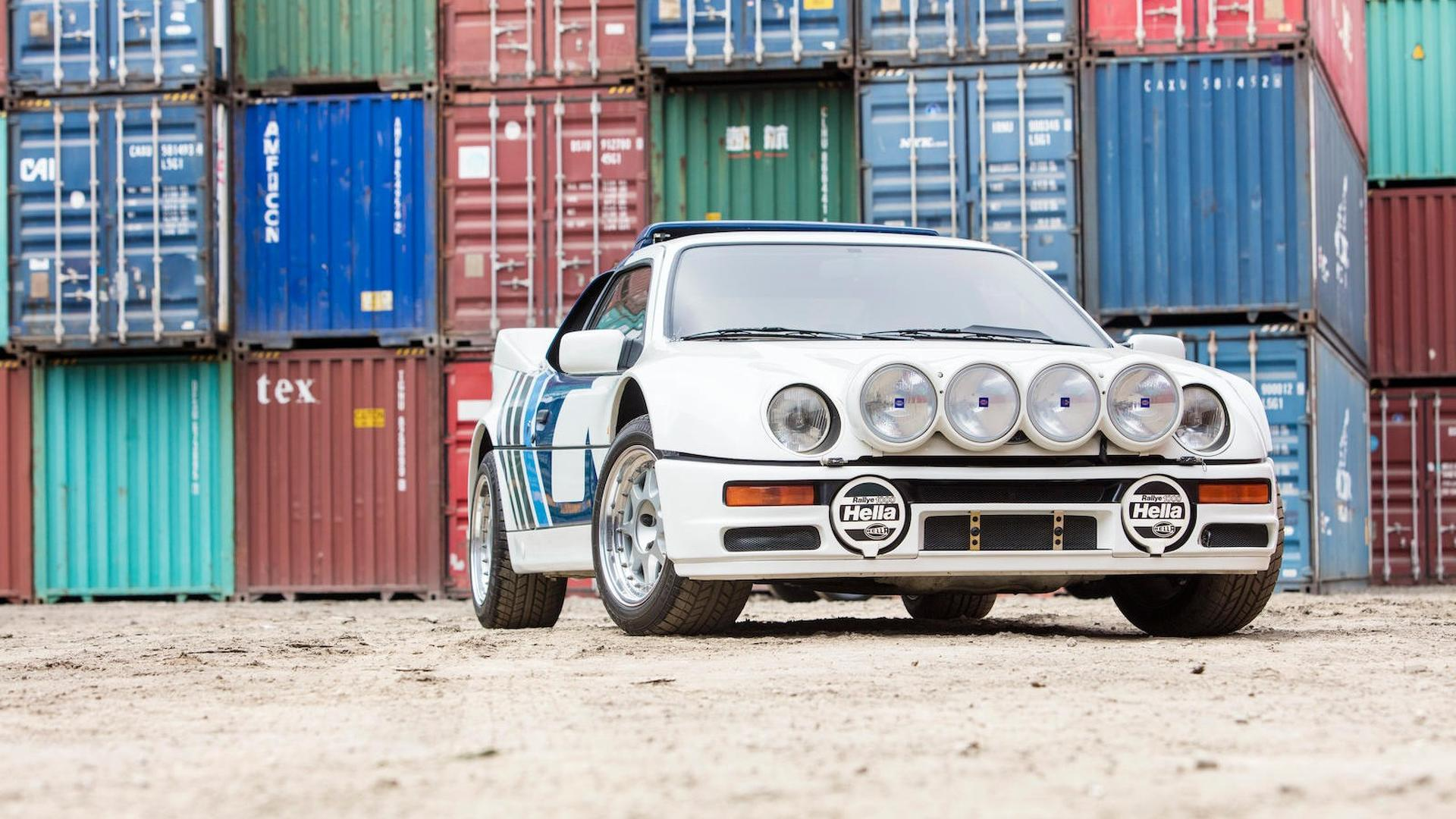 1986_Ford_RS200_Evolution_01
