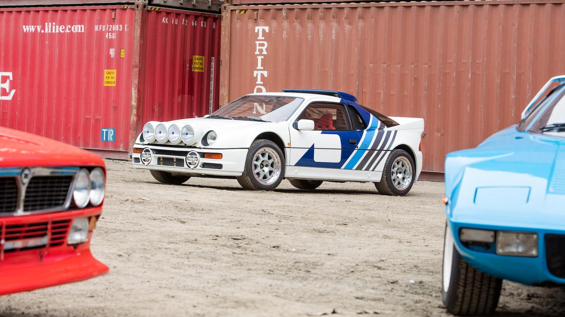 1986_Ford_RS200_Evolution_03