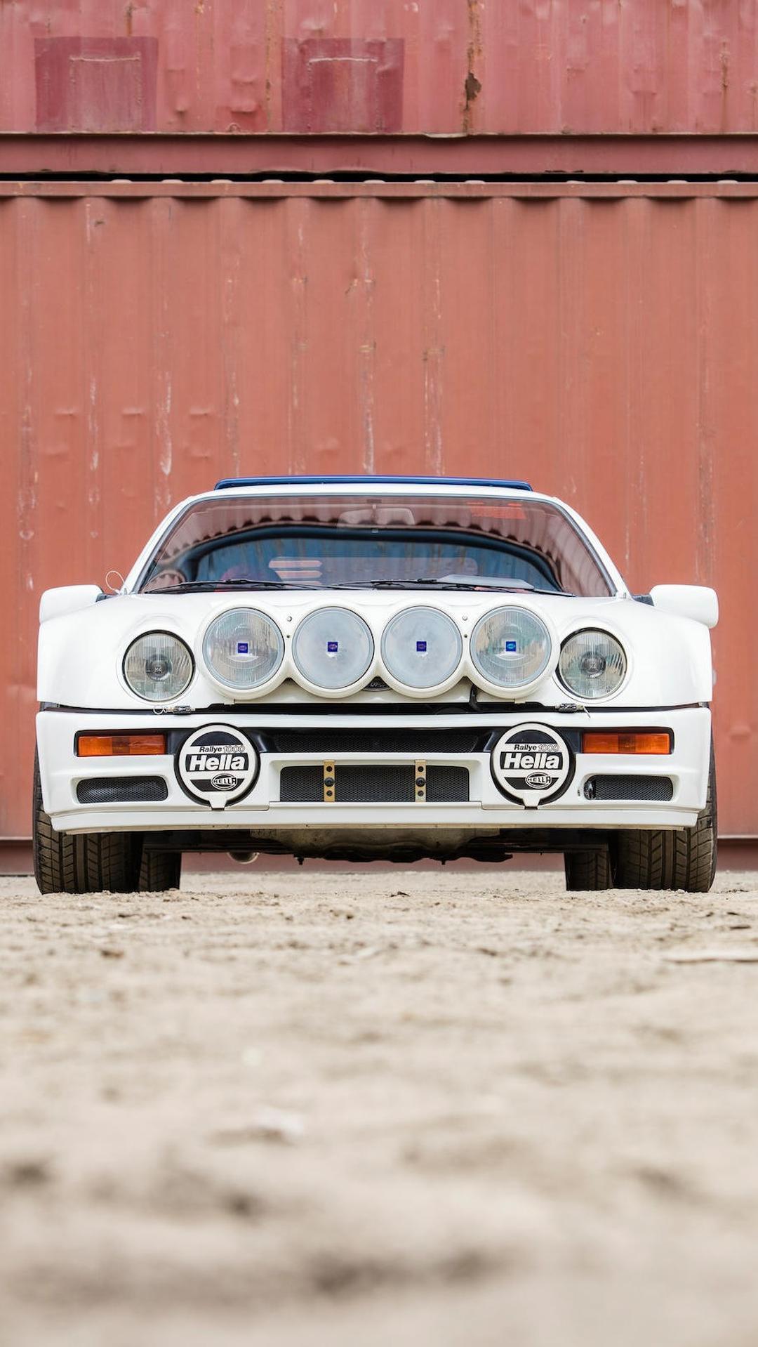 1986_Ford_RS200_Evolution_04