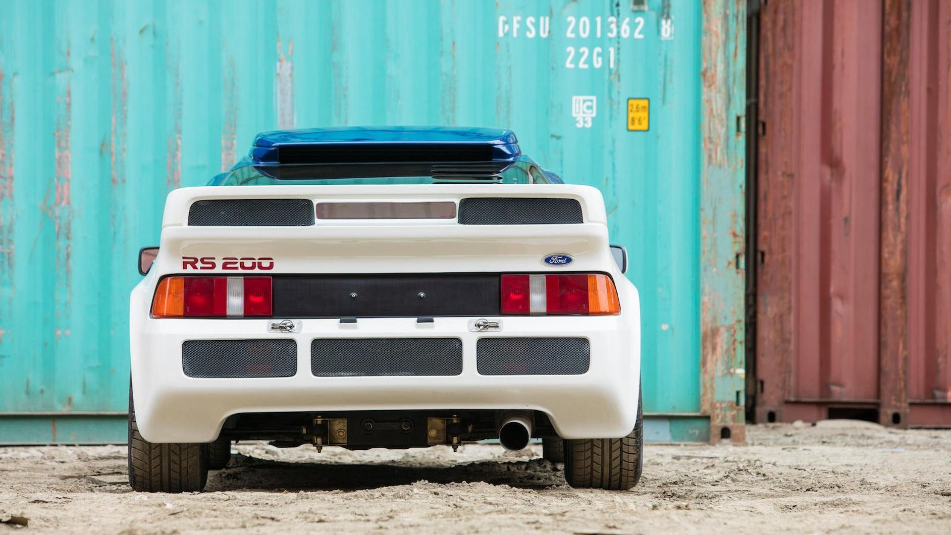 1986_Ford_RS200_Evolution_16