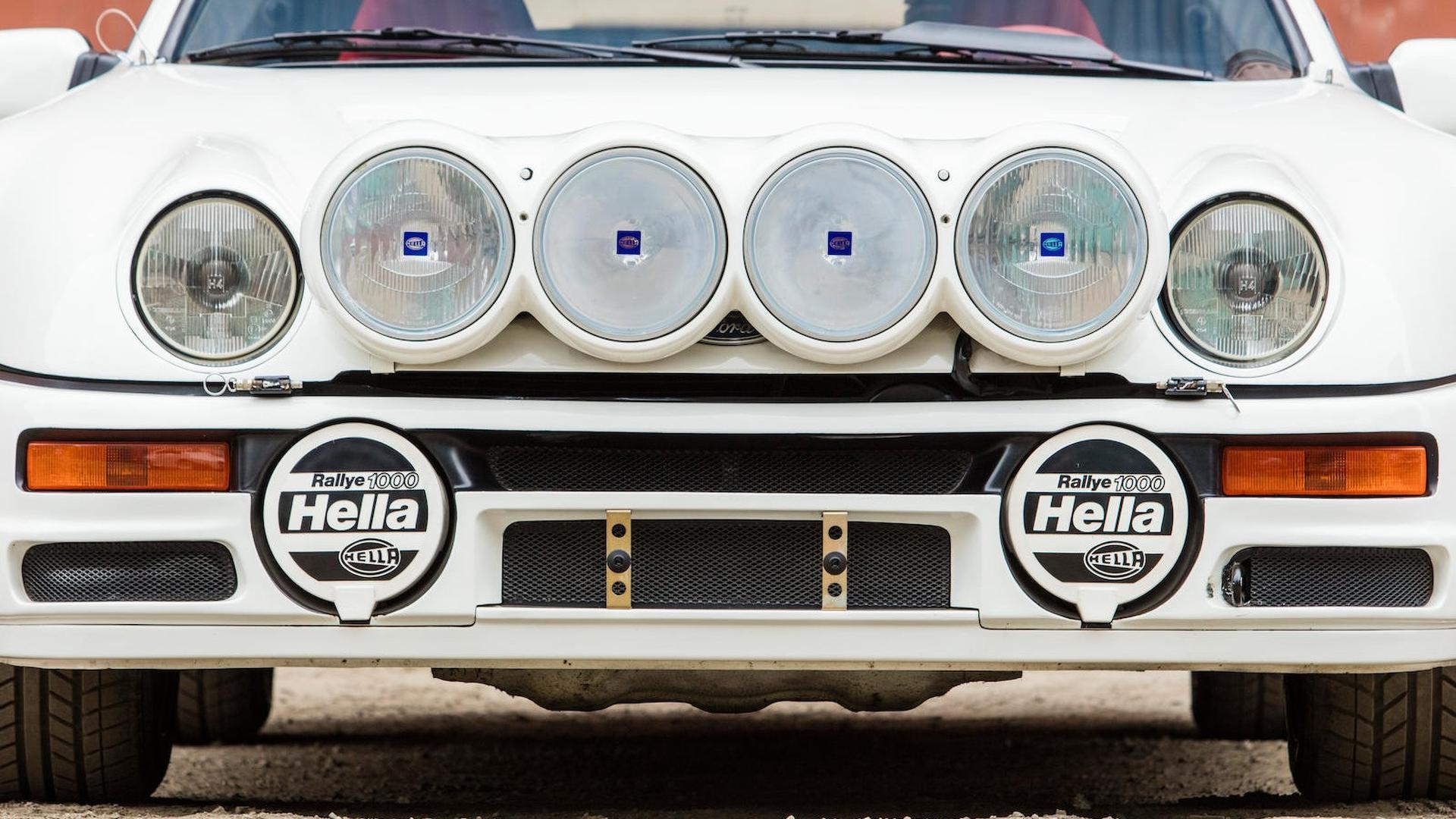 1986_Ford_RS200_Evolution_17