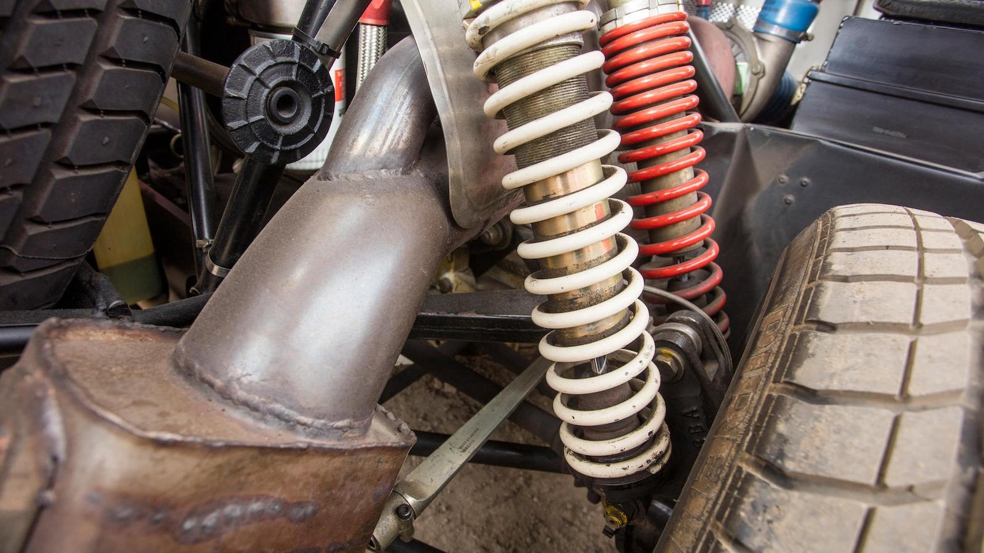 1986_Ford_RS200_Evolution_23