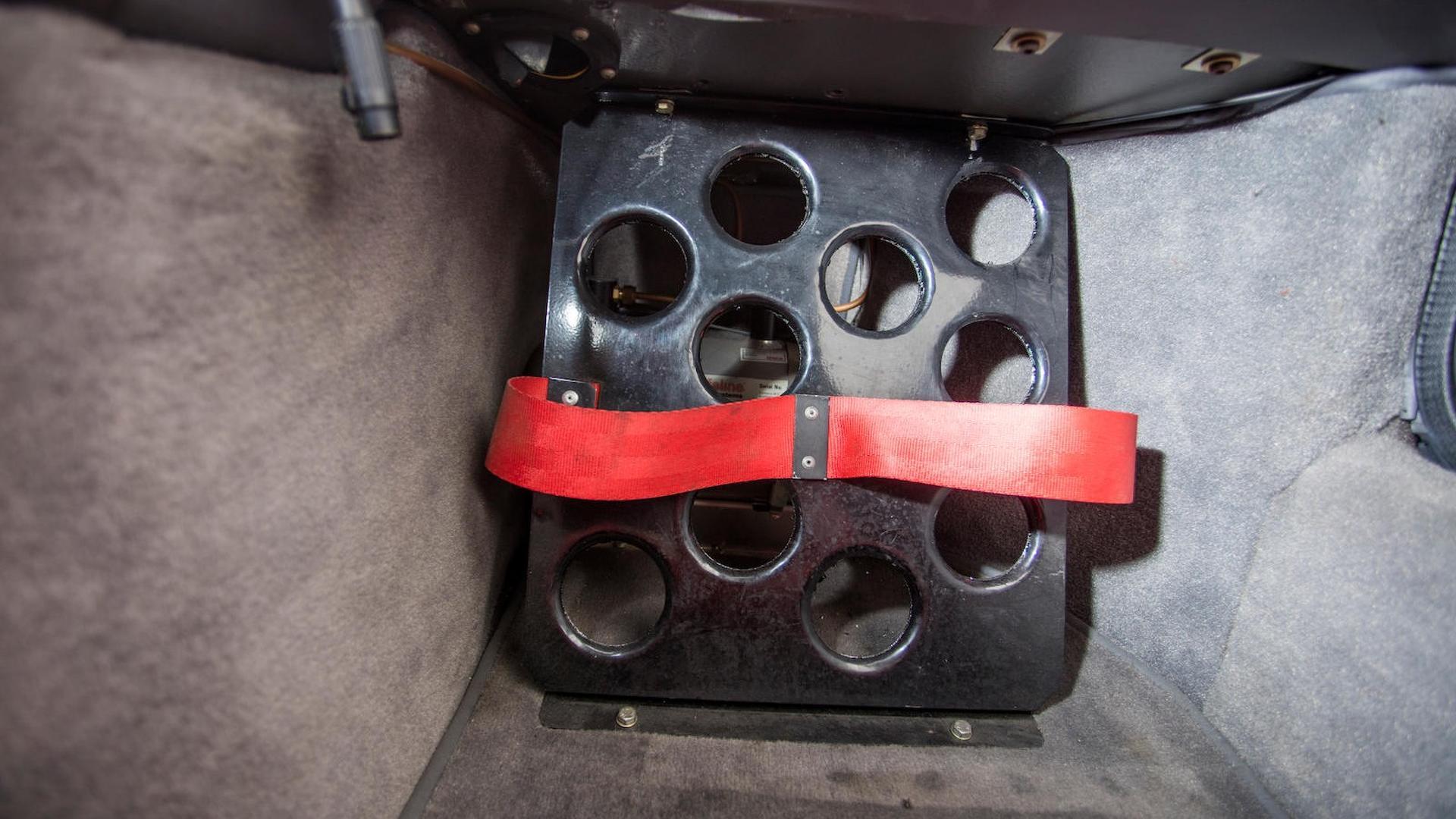 1986_Ford_RS200_Evolution_42