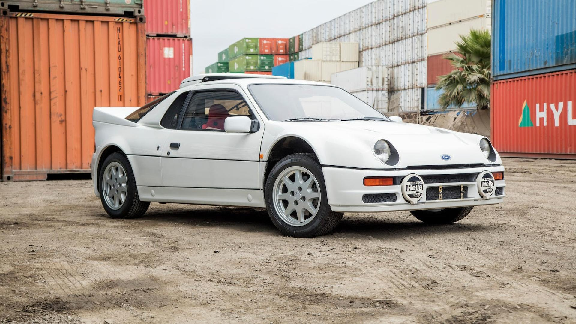1986_Ford_RS200_01
