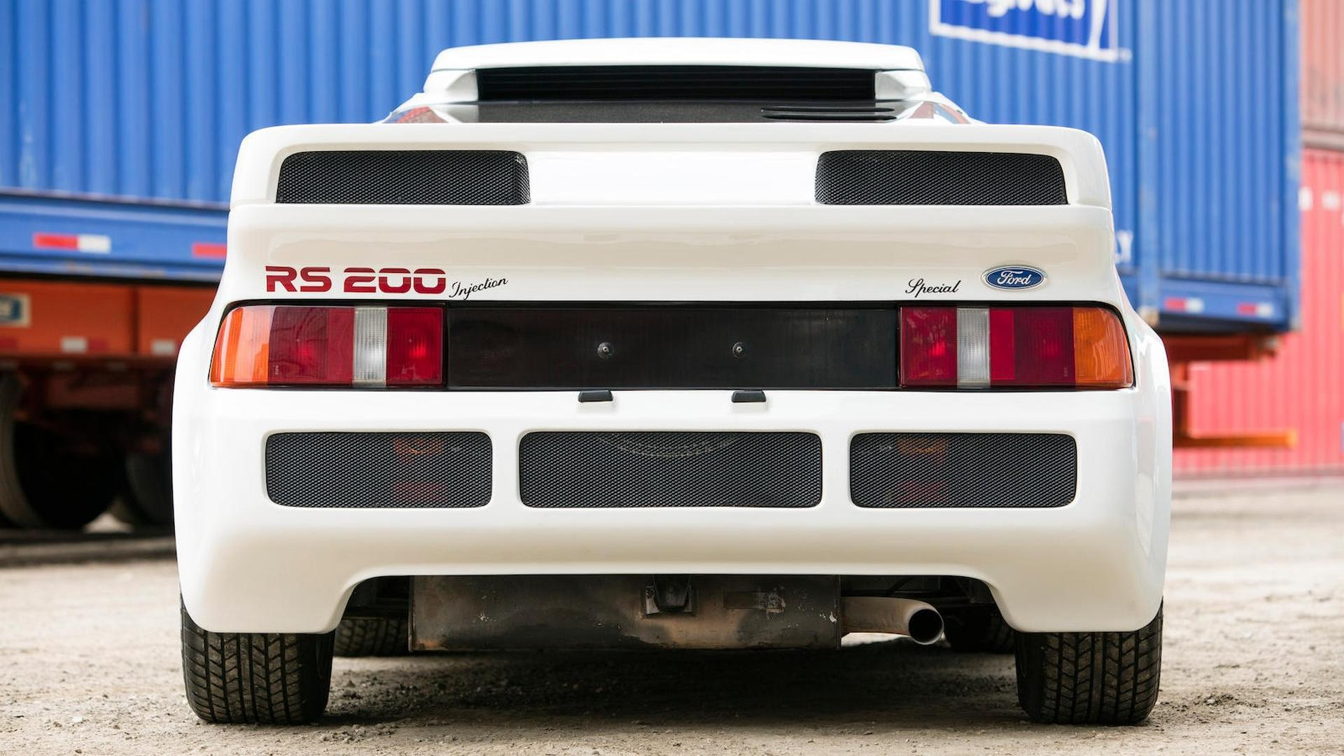 1986_Ford_RS200_15