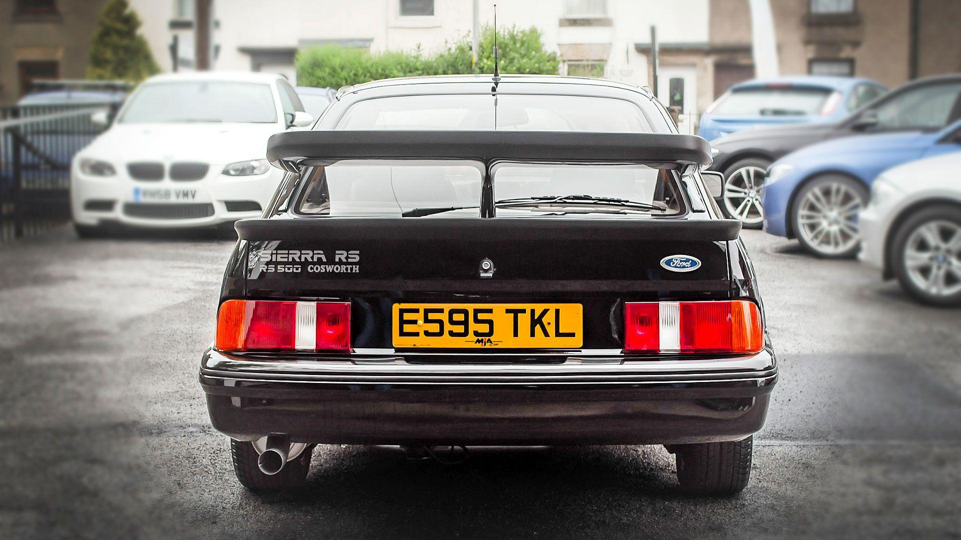 1987_Ford_Sierra_Cosworth_RS500_07