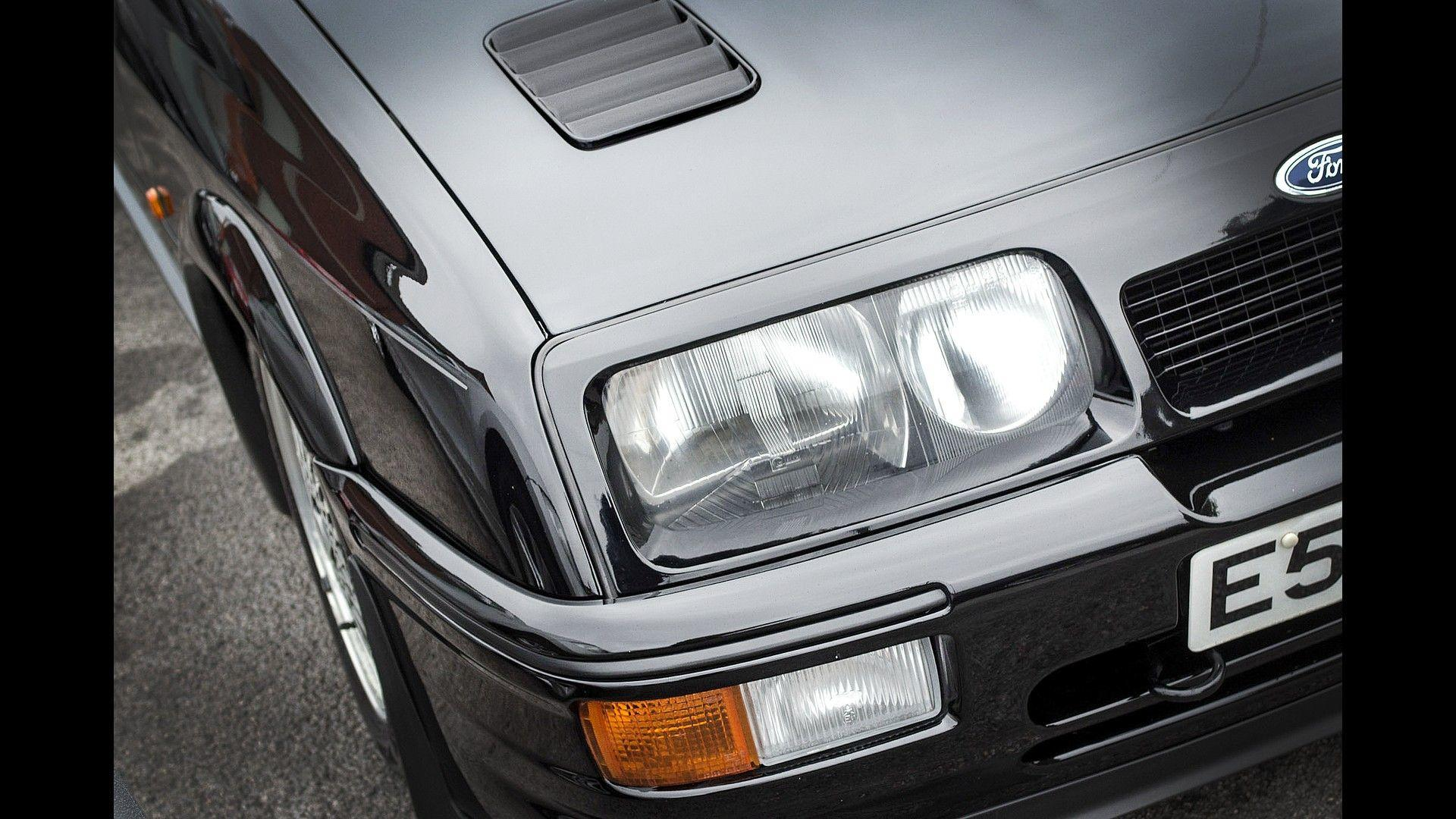 1987_Ford_Sierra_Cosworth_RS500_08