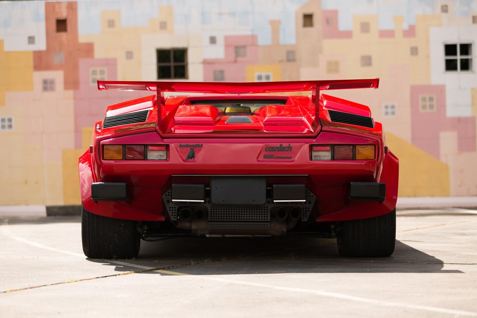 1987_Lamborghini_Countach_5000_QV_auction_76