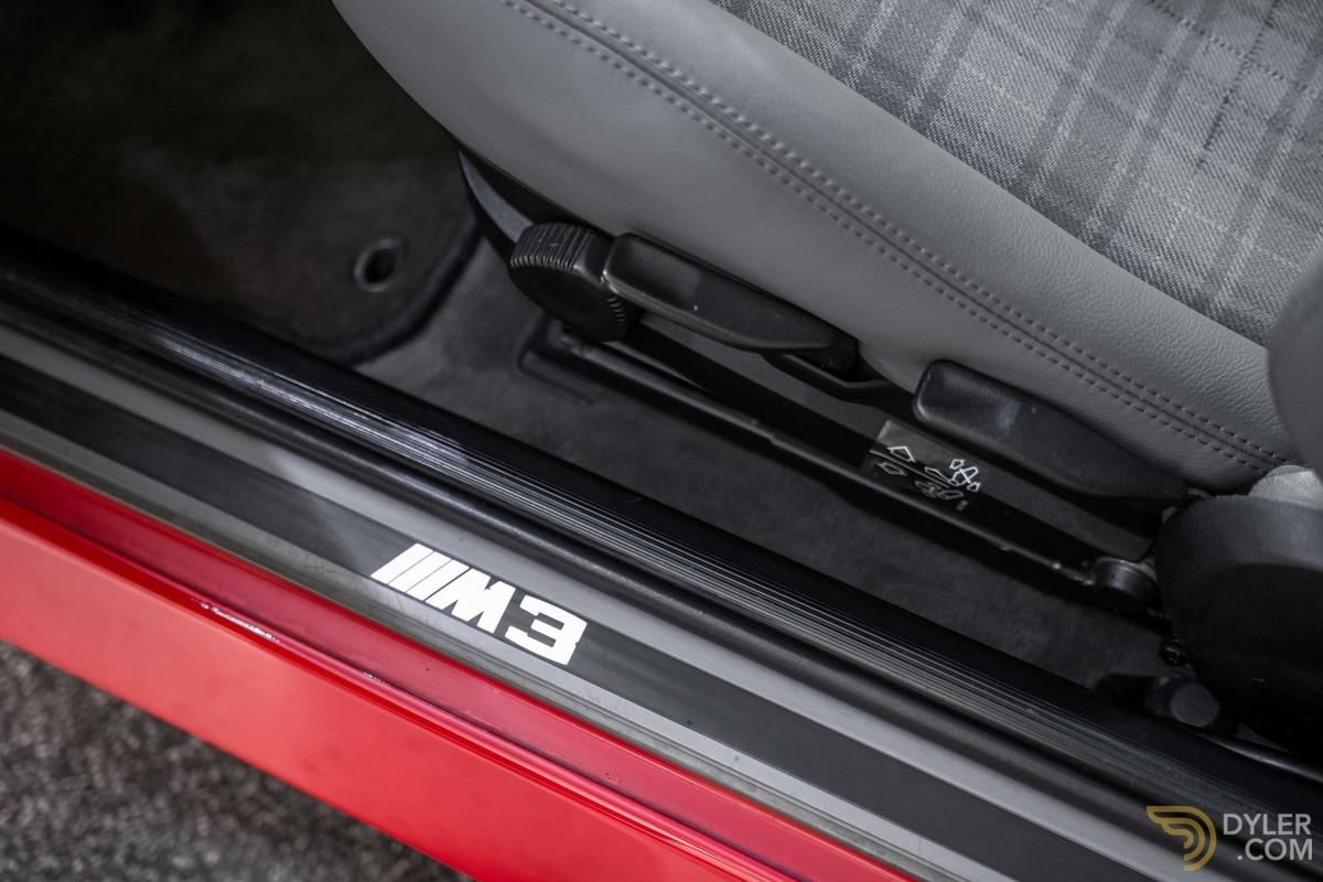 1988_BMW_M3_E30_Evo_II_0011