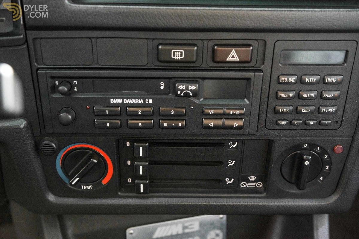 1988_BMW_M3_E30_Evo_II_0016