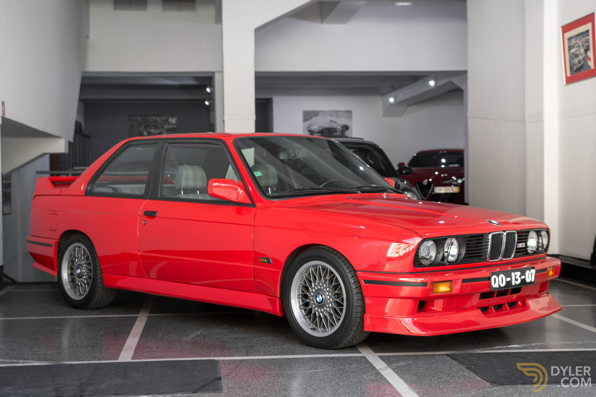 1988_BMW_M3_E30_Evo_II_0024