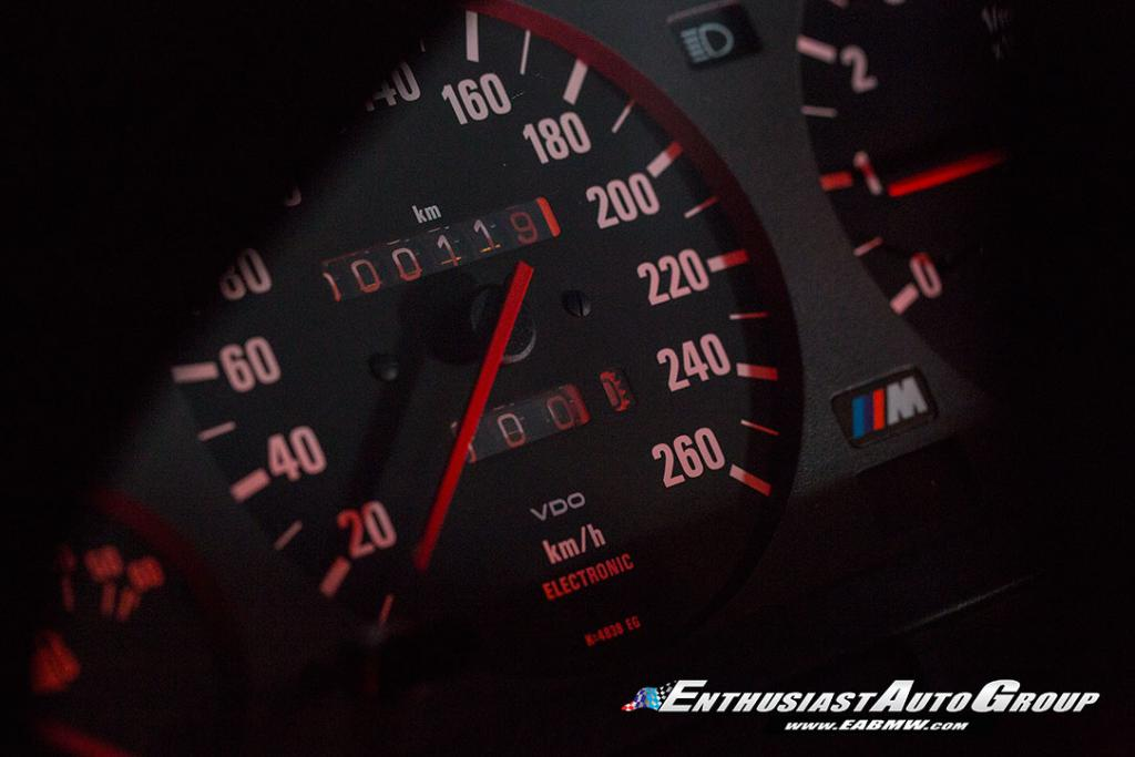 1990_BMW_M3_E30_Εvo_III_08