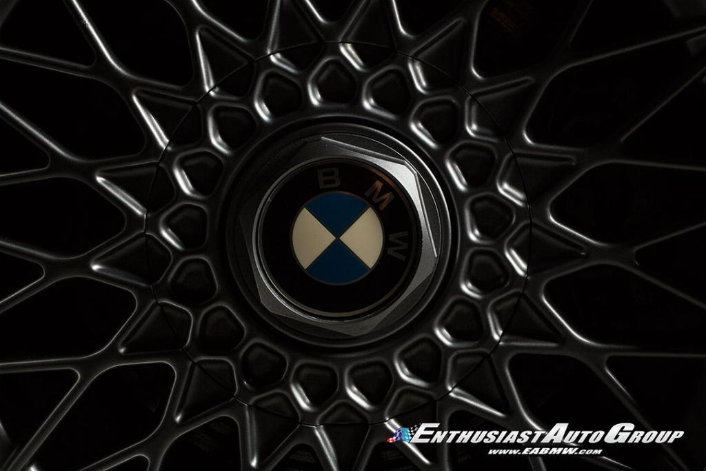 1990_BMW_M3_E30_Εvo_III_11