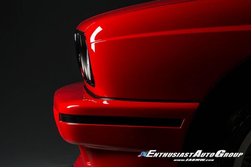 1990_BMW_M3_E30_Εvo_III_13