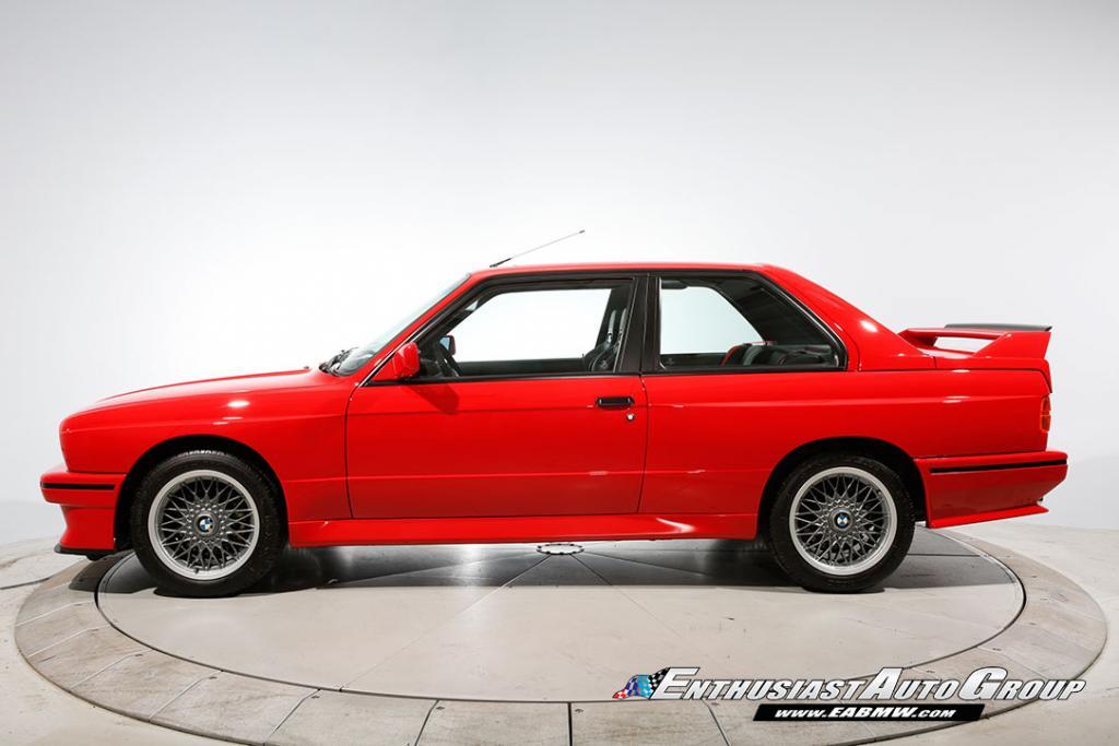1990_BMW_M3_E30_Εvo_III_17
