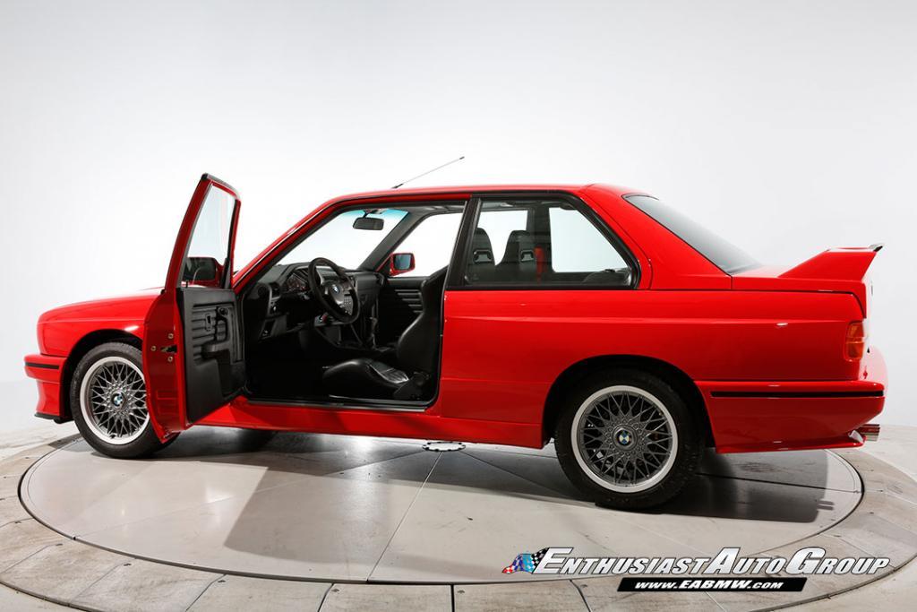 1990_BMW_M3_E30_Εvo_III_22