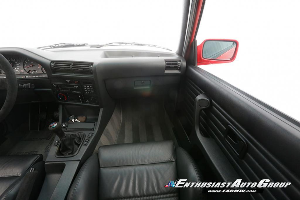 1990_BMW_M3_E30_Εvo_III_29
