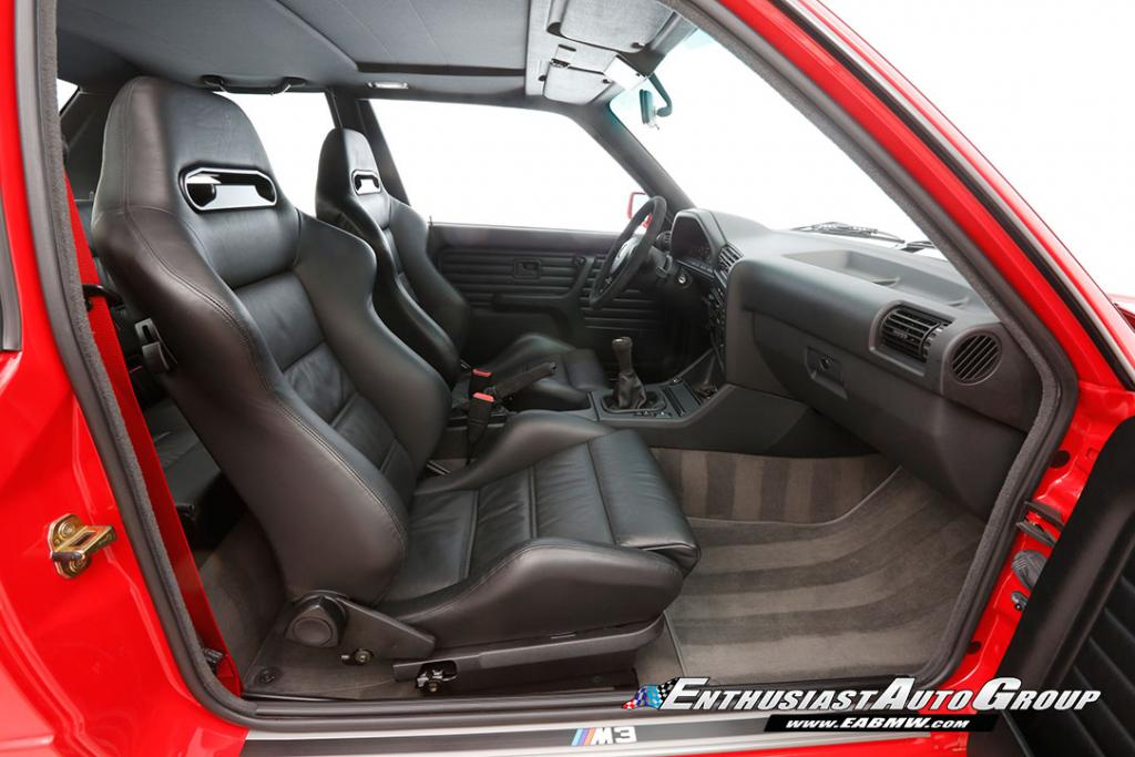1990_BMW_M3_E30_Εvo_III_37