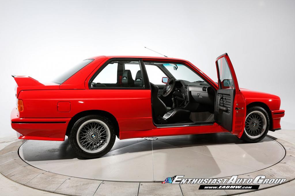 1990_BMW_M3_E30_Εvo_III_39
