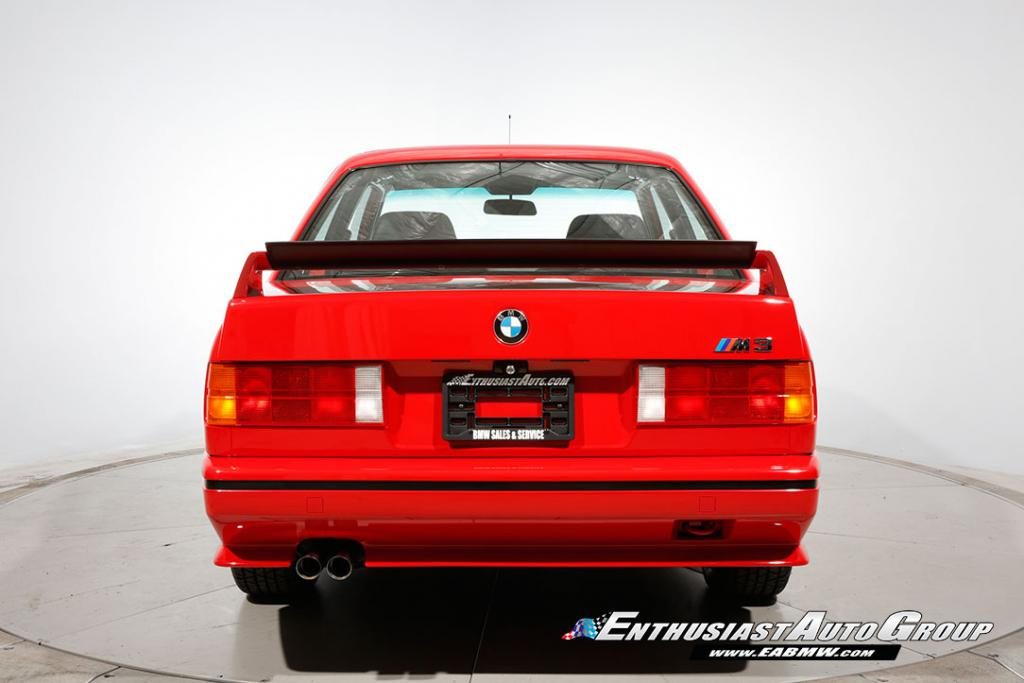 1990_BMW_M3_E30_Εvo_III_41