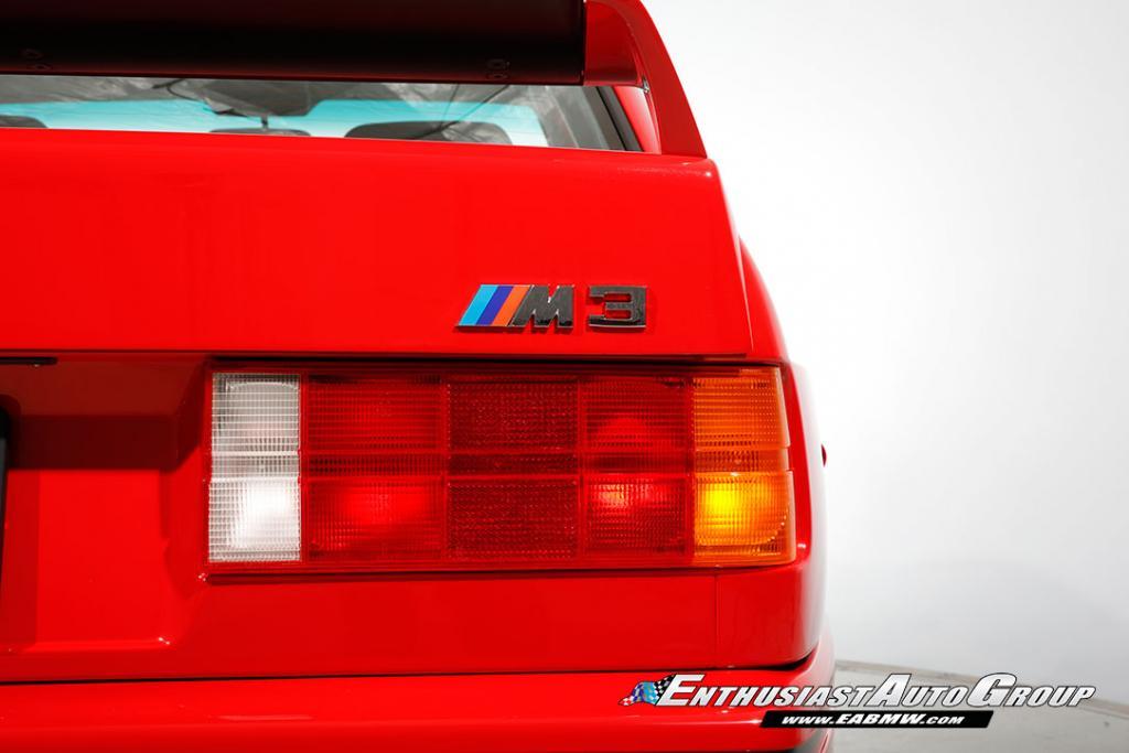 1990_BMW_M3_E30_Εvo_III_45