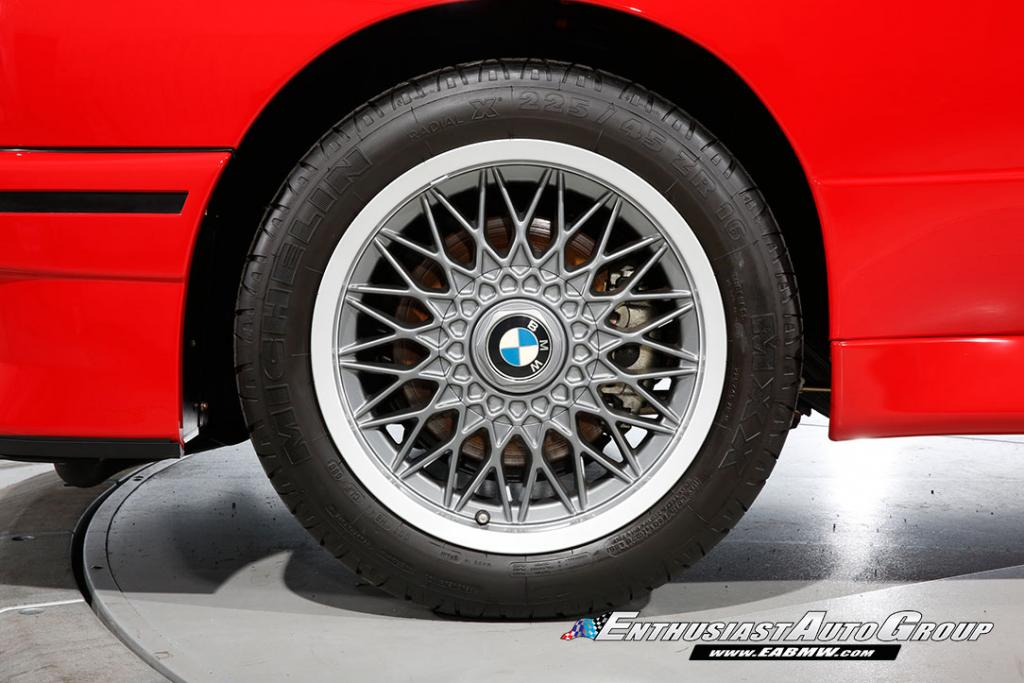 1990_BMW_M3_E30_Εvo_III_52
