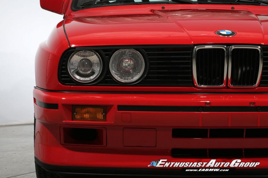1990_BMW_M3_E30_Εvo_III_73