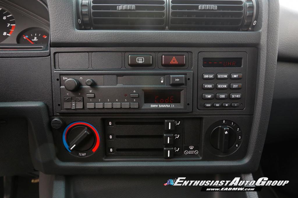 1990_BMW_M3_E30_Εvo_III_92