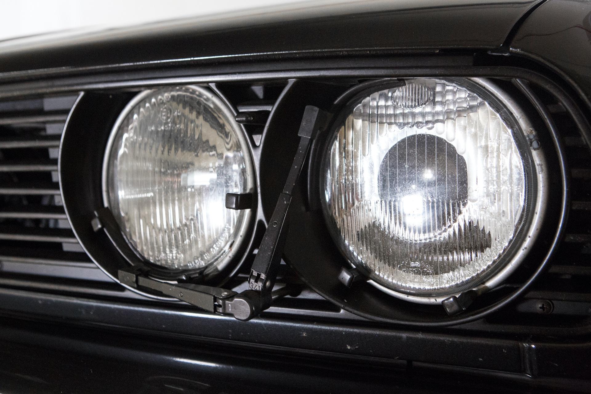 BMW_M3_E30_0002