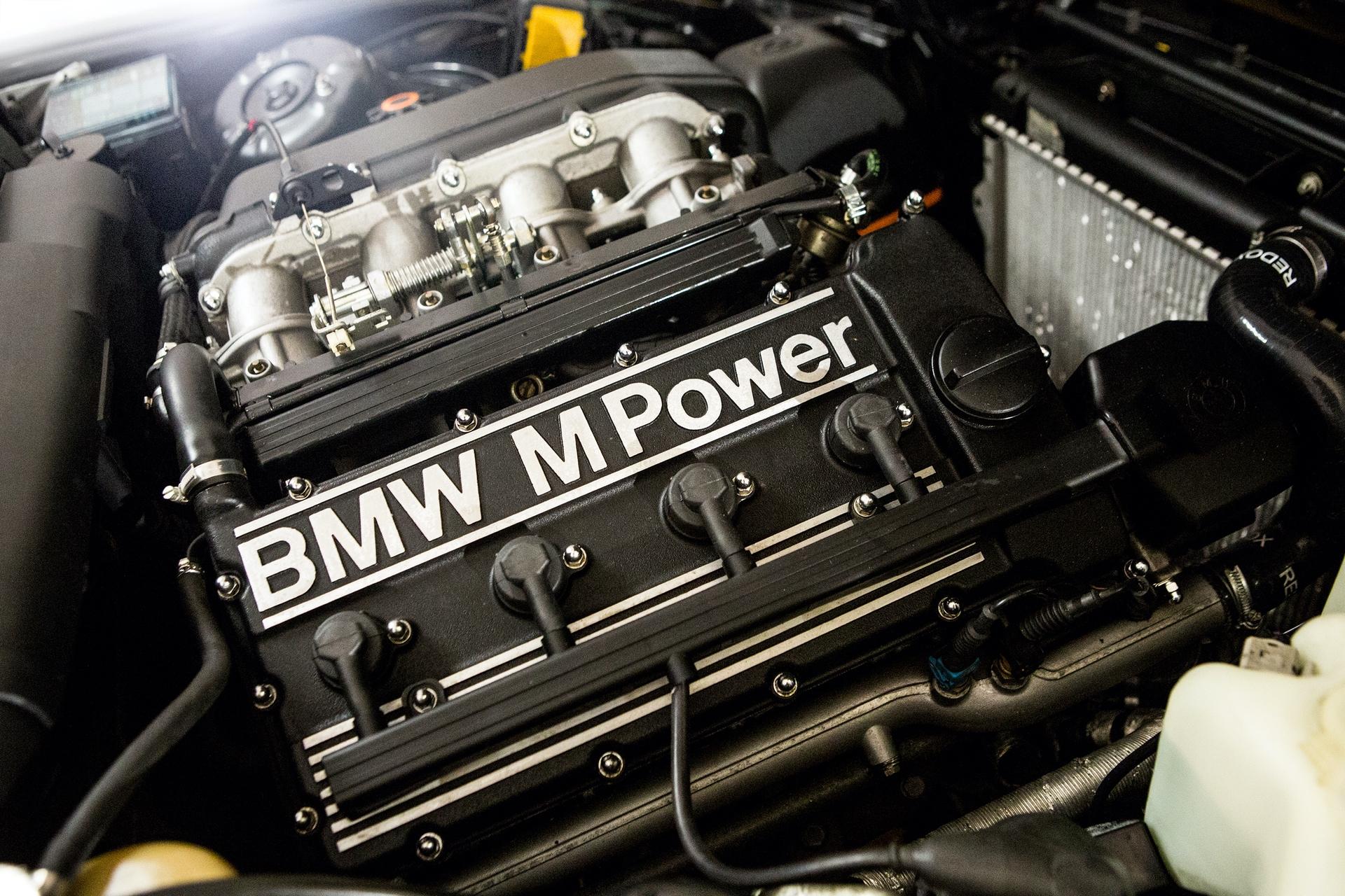 BMW_M3_E30_0005