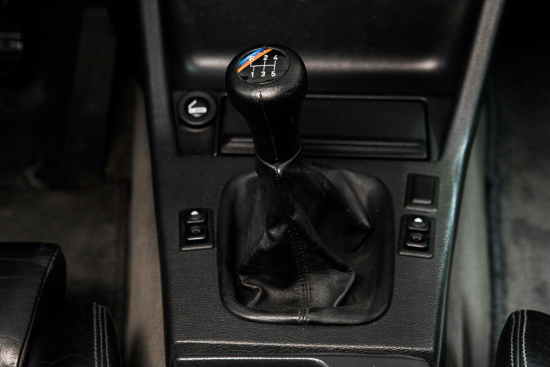 BMW_M3_E30_0011