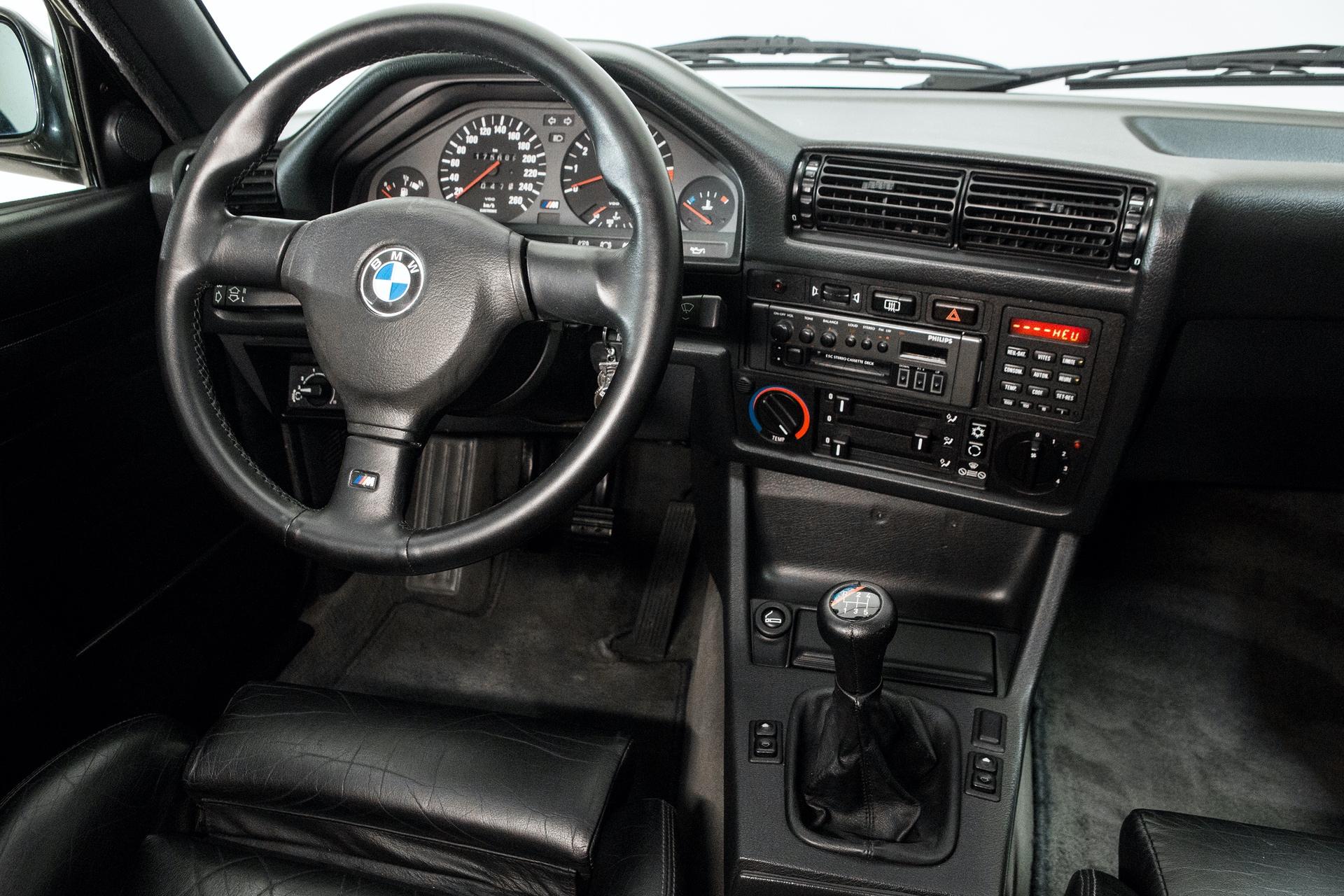BMW_M3_E30_0015