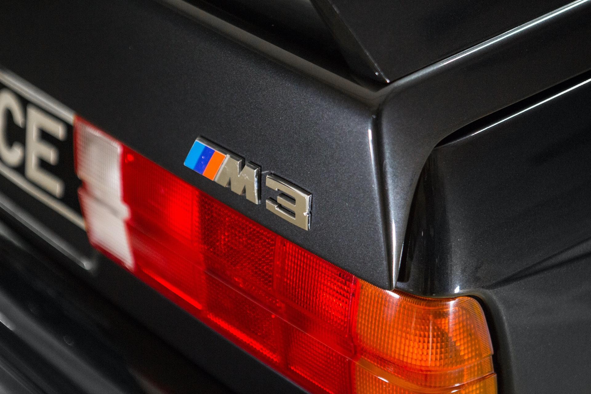 BMW_M3_E30_0017
