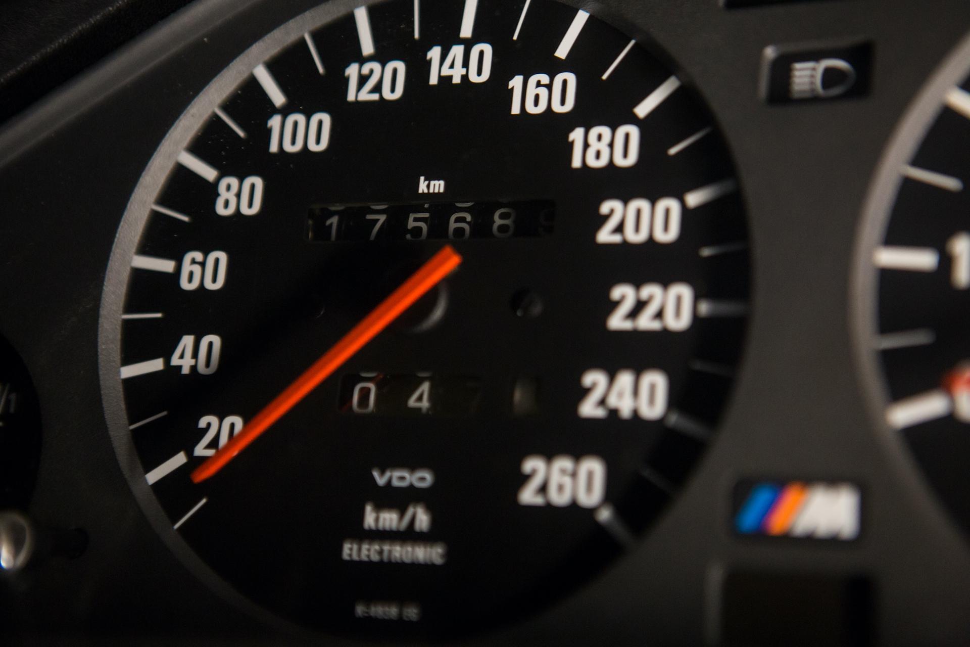 BMW_M3_E30_0018