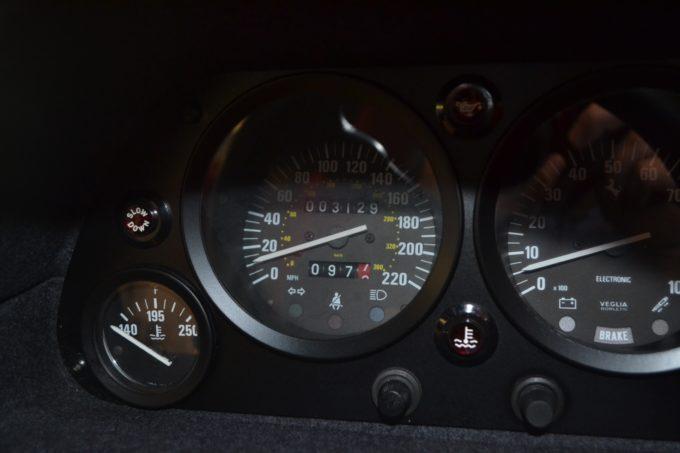 1990_Ferrari_F40_04