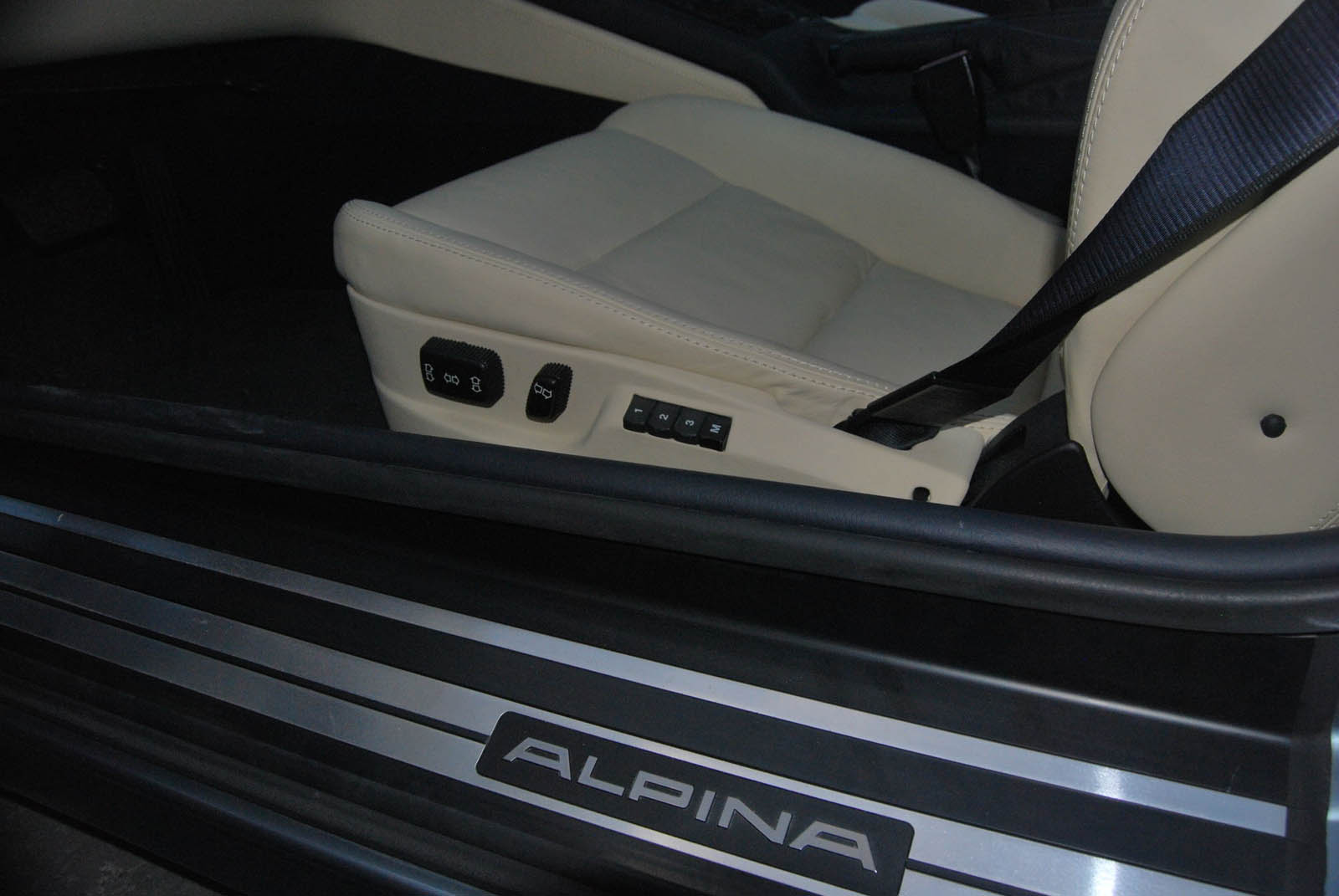 1991_Alpina_B12_12