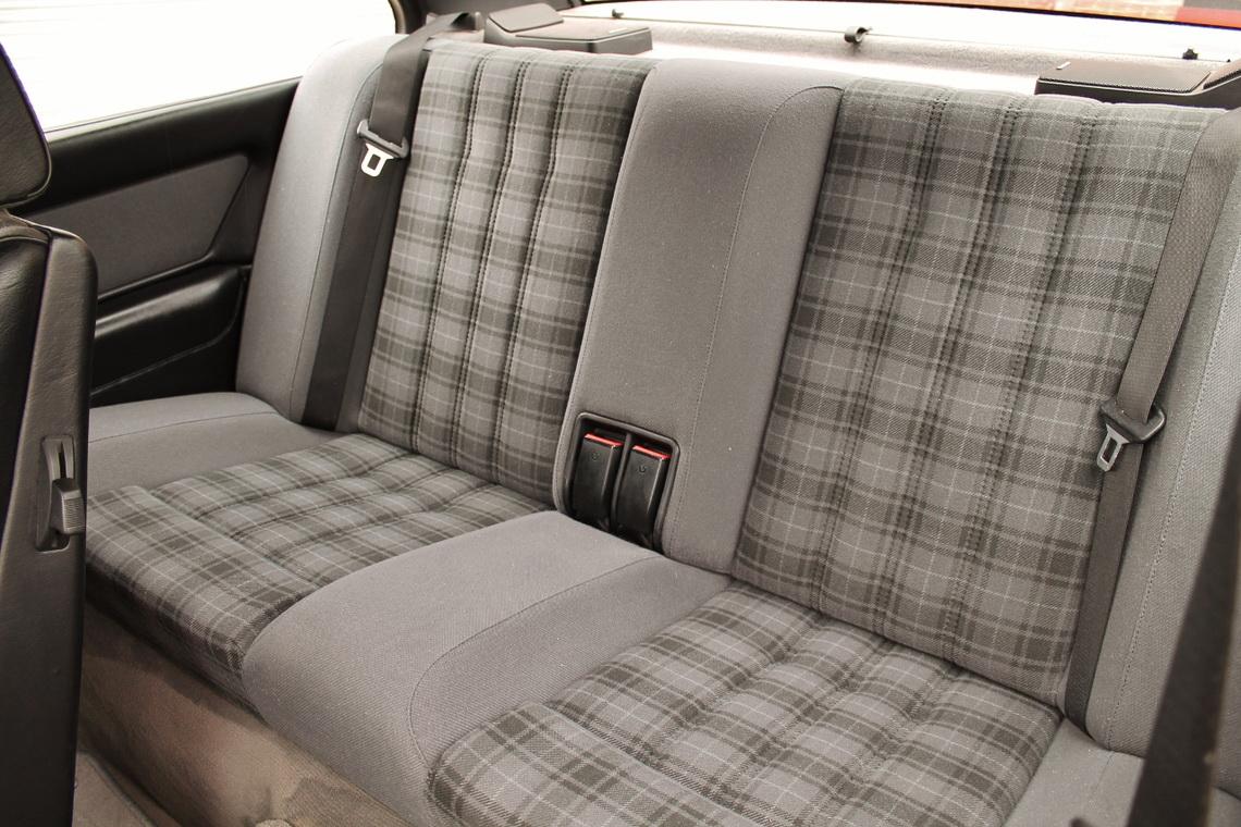 1991_BMW_M3_E30_09