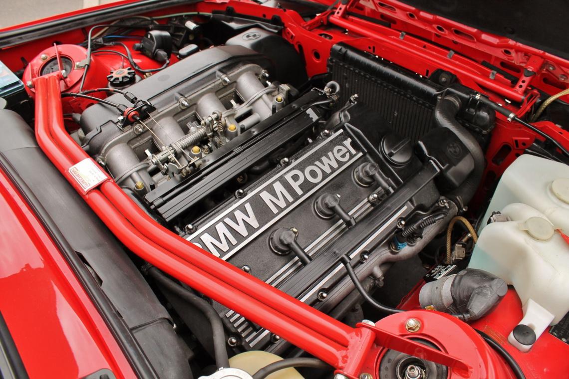 1991_BMW_M3_E30_11