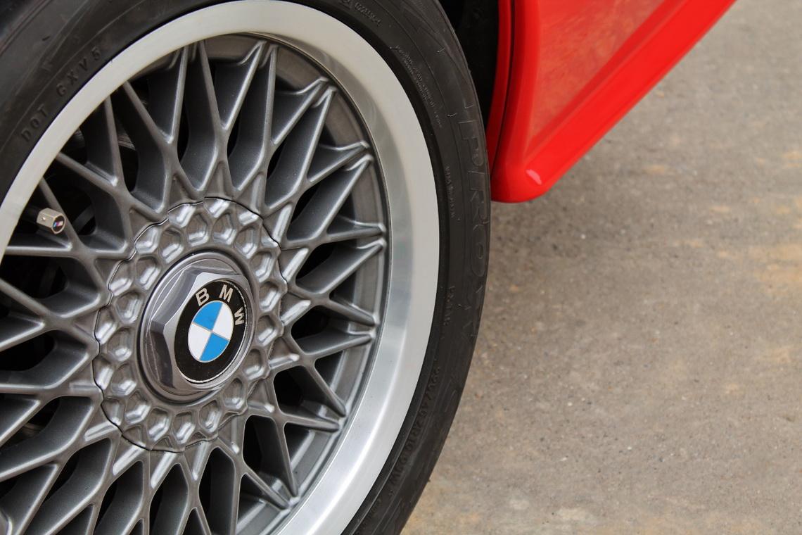 1991_BMW_M3_E30_14
