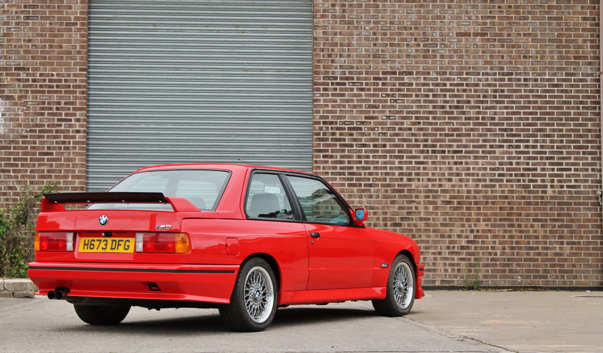 1991_BMW_M3_E30_15