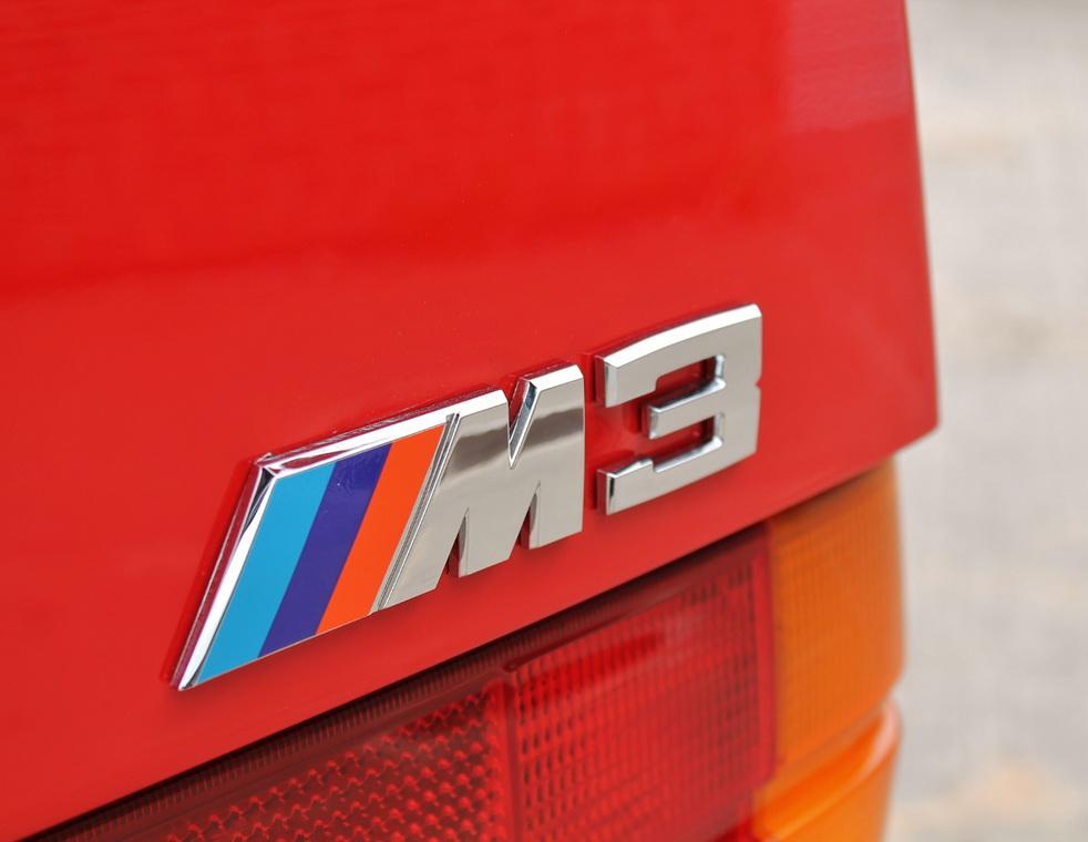 1991_BMW_M3_E30_18